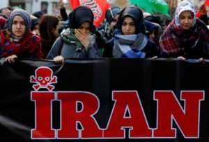 Iranian youths converting to Christianity