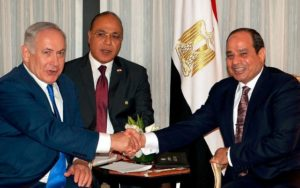 Egyptian leader Sissi is showing his mettle by posing with Netanyahu